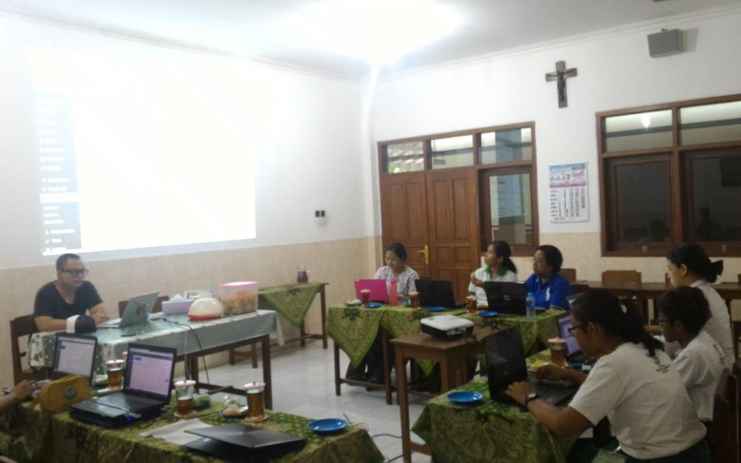 Kampus Maria Assumpta Berguru kepada Superblogger dari Negeri Kangguru