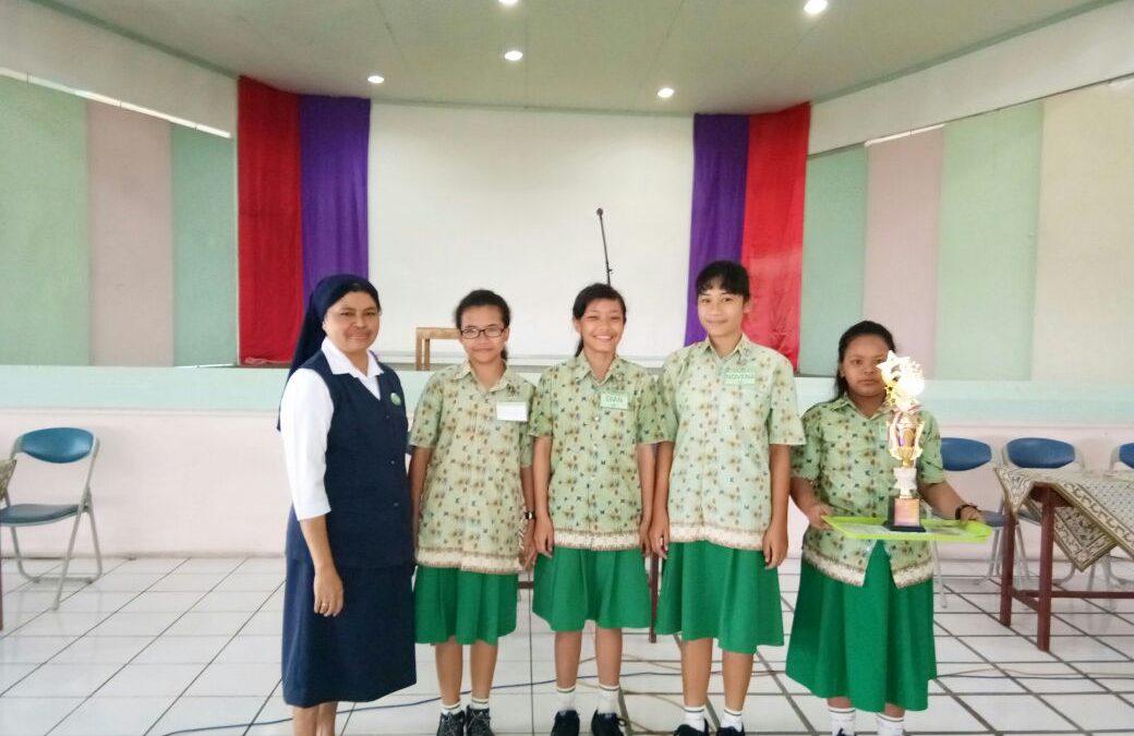 SMP Maria Assumpta Juara Lomba Puisi LOSAAC 2017