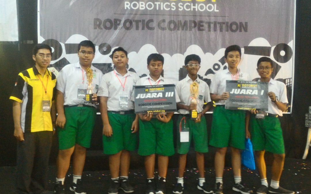 SMP Maria Assumpta Merajai Kompetisi Robotika Klaten