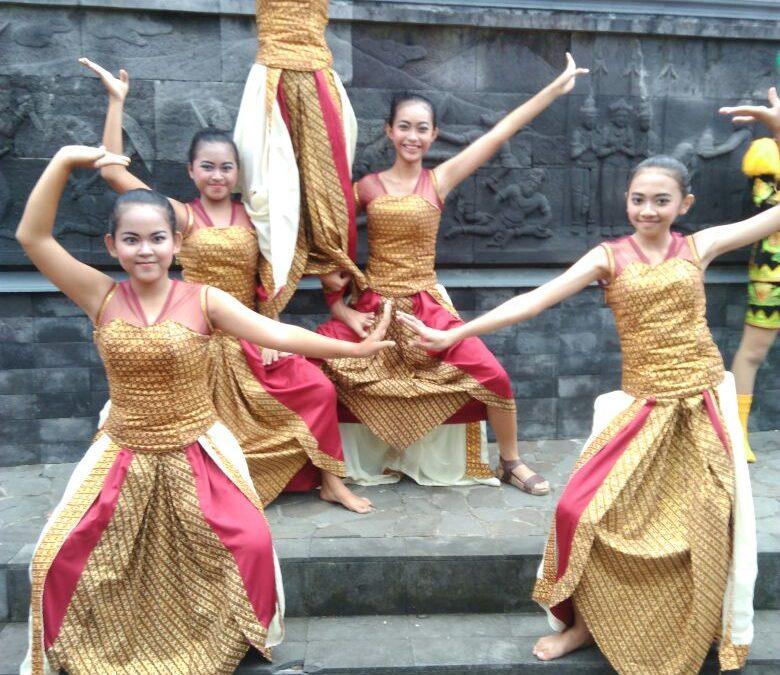 Penari SMP Maria Assumpta Meraih Juara di Magelang Fest 2018