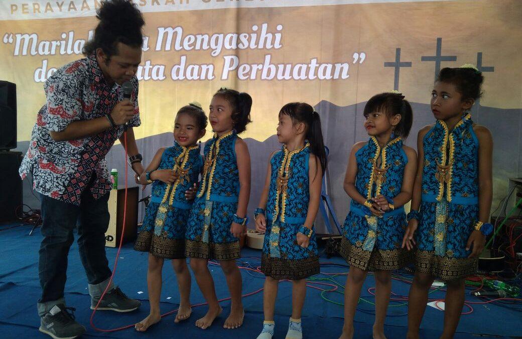 Kampus Maria Assumpta Tampil di Paskahan Bersama Umat Gereja St. Yusup Senden