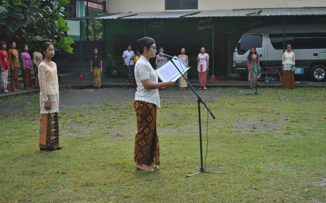 Upacara Hari Kartini SMP Maria Assumpta 2018