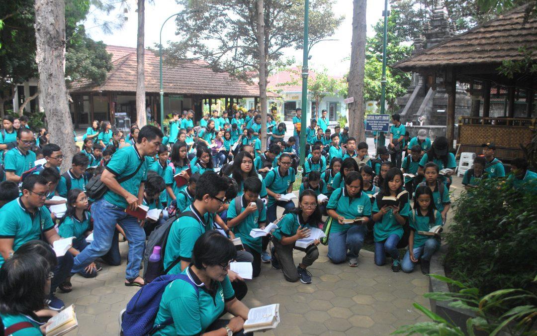 Ziarah SMP Maria Assumpta ke Ganjuran dan Study Tour ke Keraton Yogyakarta