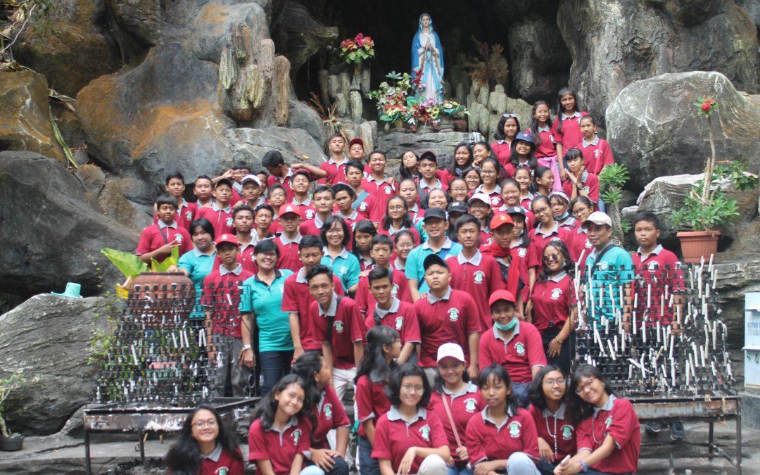 Ziarah dan Study Tour SMP Maria Assumpta 2019