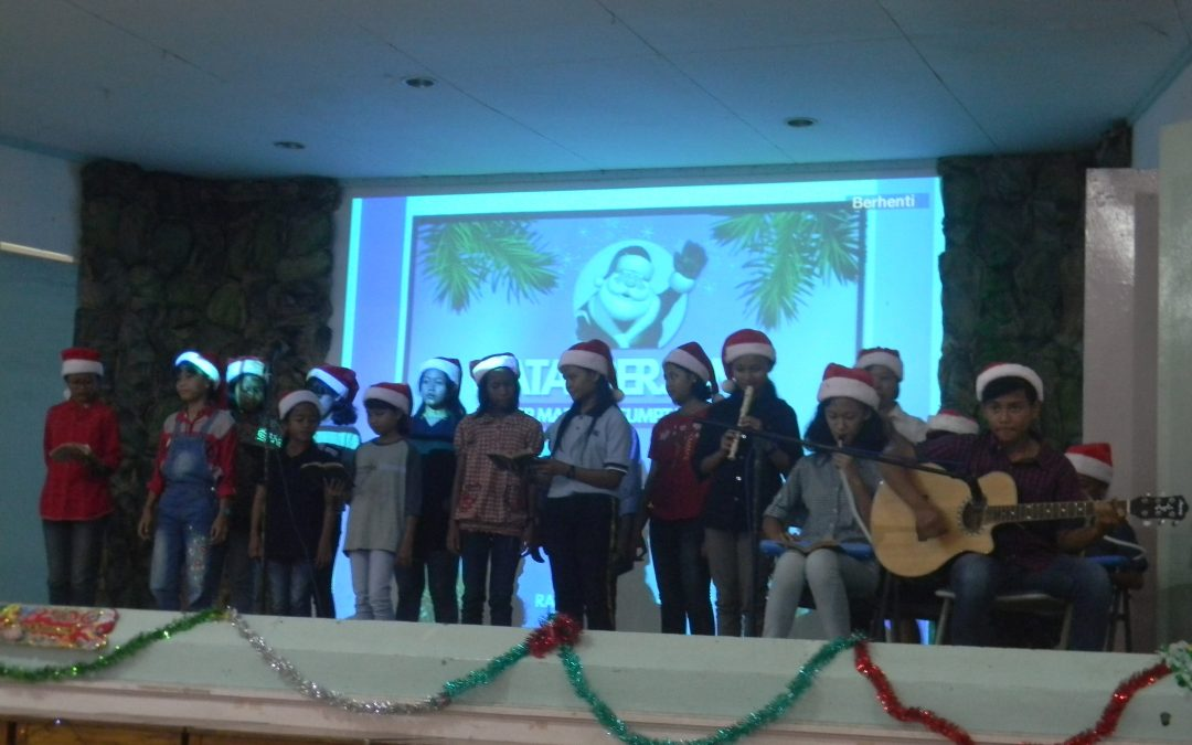 Pesta Natal Keluarga SMP Maria Assumpta