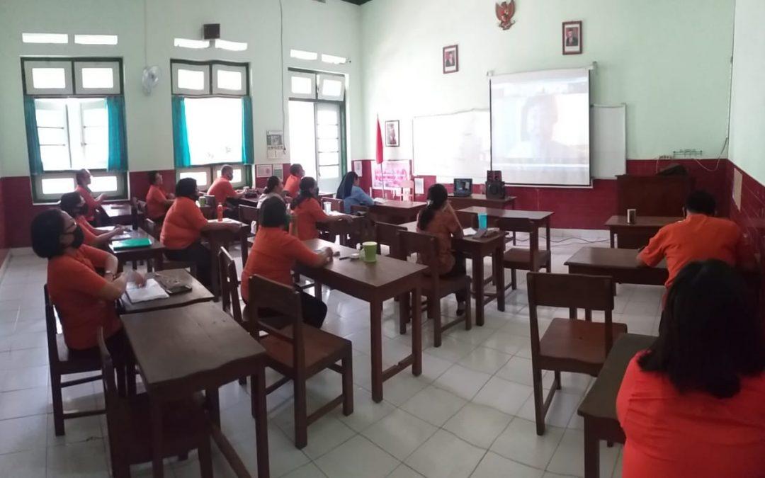 Webinar Cinta Lingkungan Hidup Bersama JPIC Ursulin Indonesia